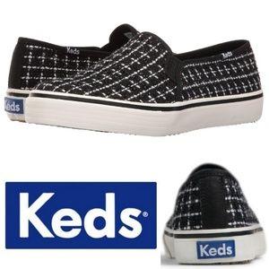 🆕️ Keds Shimmer B/W Boucle Slip on Sneakers